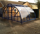 FS60 - Salisbury closed compound lockable cycle shelter for 20 bikes, with vented roof